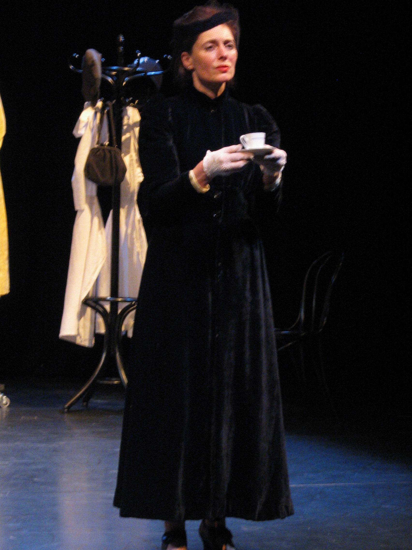 Theresa - Sarah Finch in Vienna, 2003